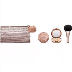 Mac cosmetics Whisper of Gilt Snowball collection